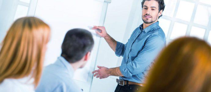 papel-del-lider-y-gestion-de-buen-liderazgo-690x302