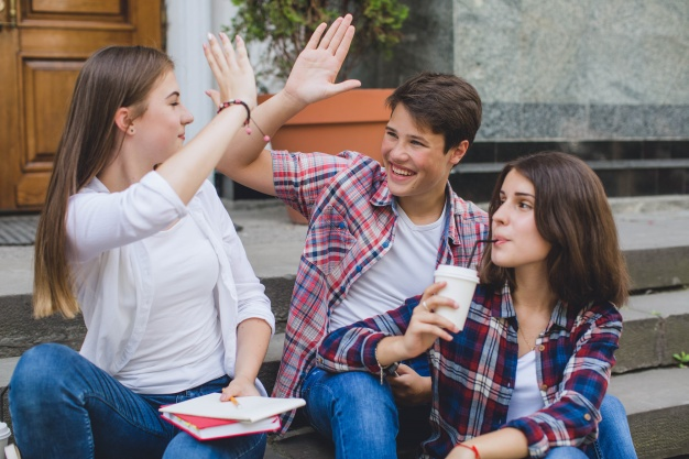 taller-de-liderazgo-para-adolescentes-1